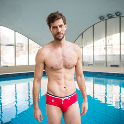 L'Amiral - Red swim brief
