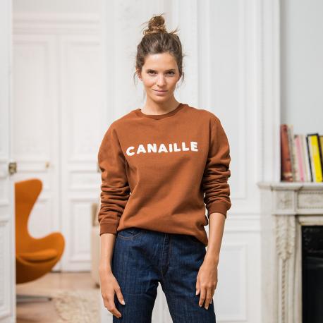 Fuchsfarbenes Sweatshirt