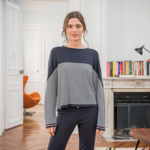 Navyblue wool pullover