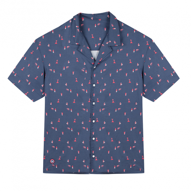Buttoned shirt with fisher print