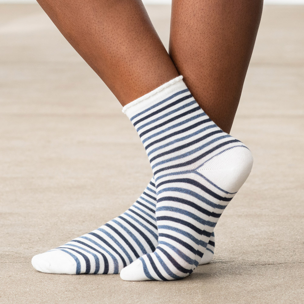 Short cotton socks