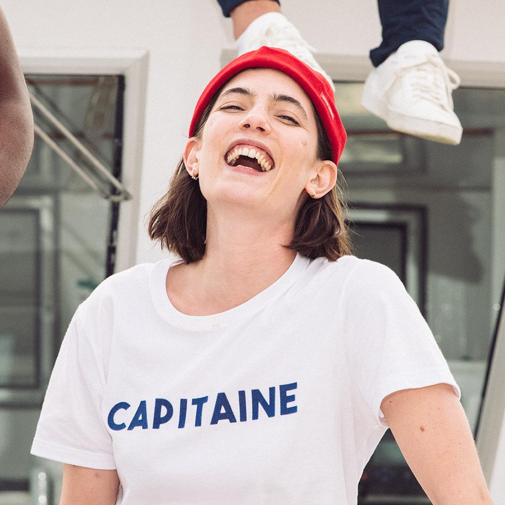 Le jean f BLANC / CAPITAINE - Tshirt BLANC / CAPITAINE