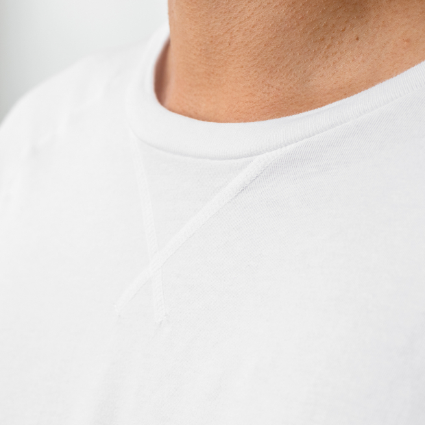 White t-shirt with raglan sleeves
