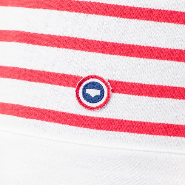 Rot-weiß gestreiftes Langarmshirt