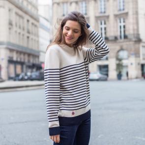 Striped white pullover