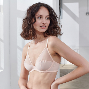 Underwired triangle bra