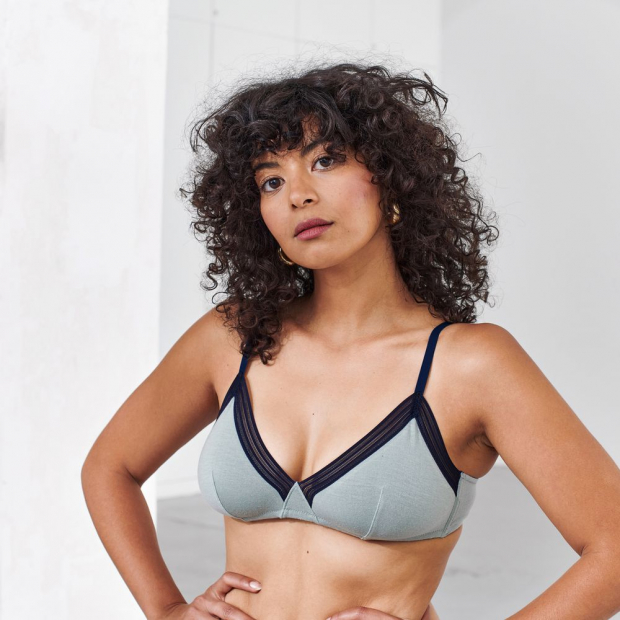 Bra without underwire