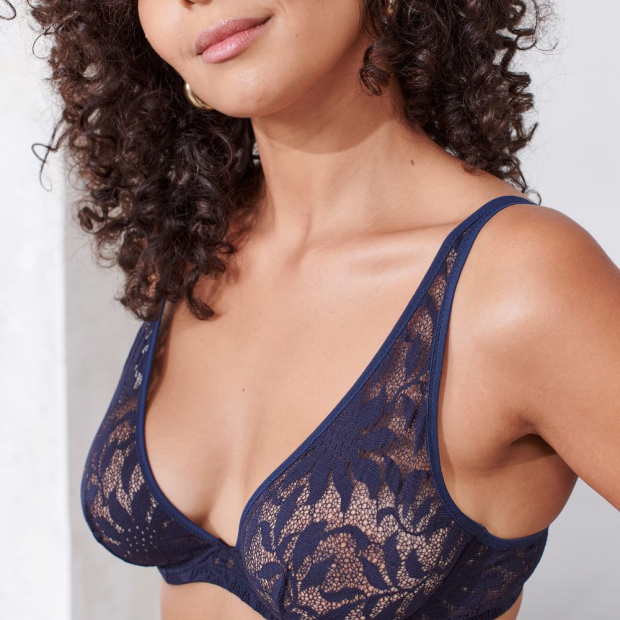 Underwired bra from recycled lace