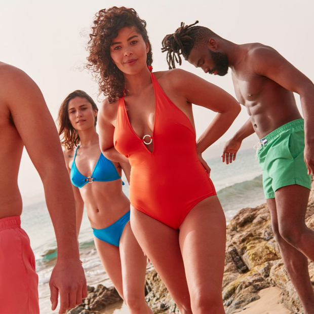 One-piece polyamide swimming suit