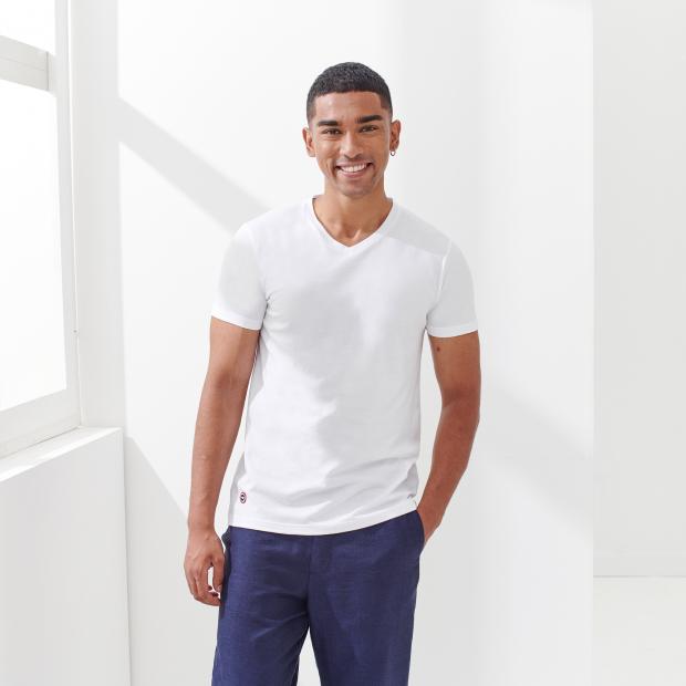 Unisex T-Shirt mit V-Ausschnitt aus Baumwolle