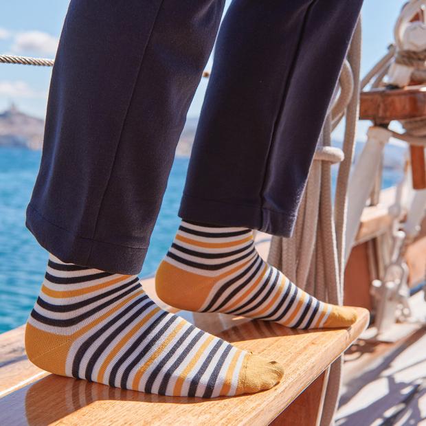 Responsible cotton knee-high socks