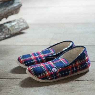 HOME SLIP HOME - Les charentaises Tartan - chaussons tartan rouges et bleues